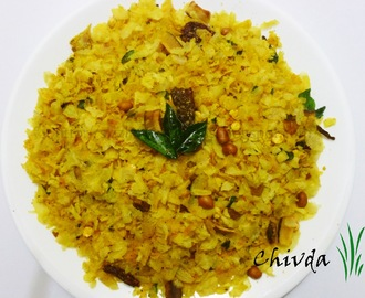 Chivda (Rice Flakes Mixture)