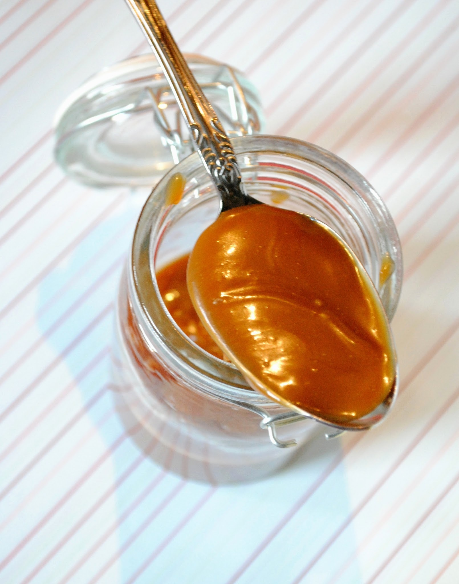 How to: Homemade Salted Caramel Sauce
