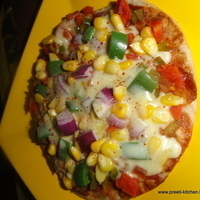 Pizza on Tawa/ Homemade Pizza/ Healthy Pizza Recipe