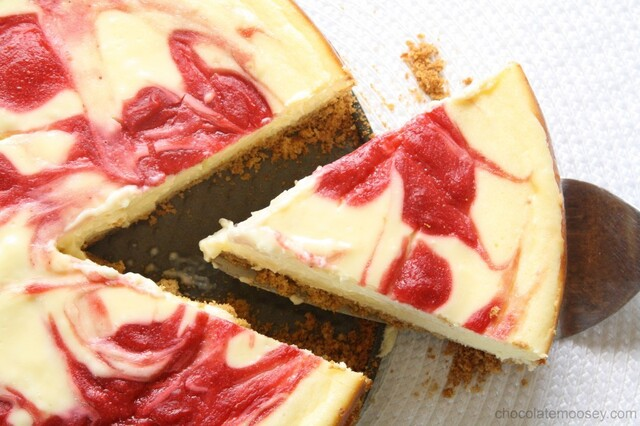 Strawberry Swirl Cheesecake ~ A Guest Post by Chocolate Moosey!