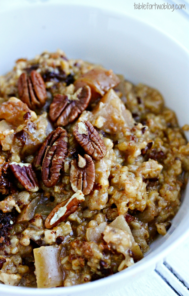 Slow Cooker Overnight Apple Cinnamon Oats
