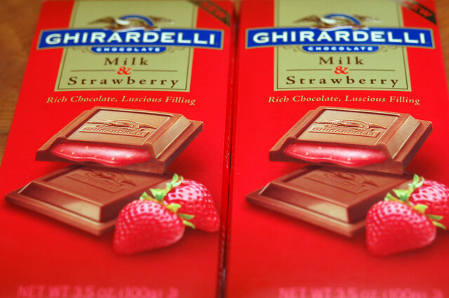 Ghirardelli Milk Chocolate & Strawberry Brownies