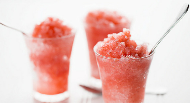 Homemade Tiger's Blood Snow Cone Recipe