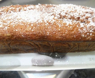 PLUM CAKE DE PERA Y CHOCOLATE