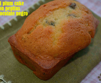 Mini plum cake con pepitas de chocolate negro