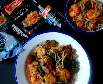 Noodles com gambão e sweet thai chilli