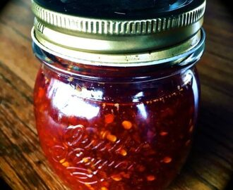 Donna Hay's Asian Chilli Jam