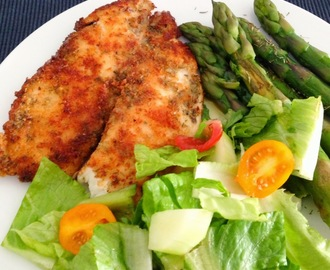 Pangasius Fillet with Asparagus and a Simple Salad