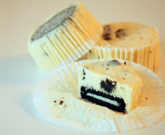 Martha Stewart's mini Oreo cheesecakes