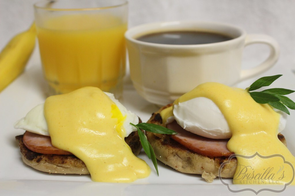 Easy Silky Hollandaise Sauce/Eggs Benedict