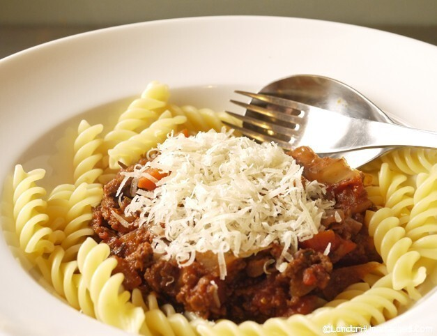 Cooking with Quorn for the 5:2 Diet – #Vegetarian Pasta Bolognese