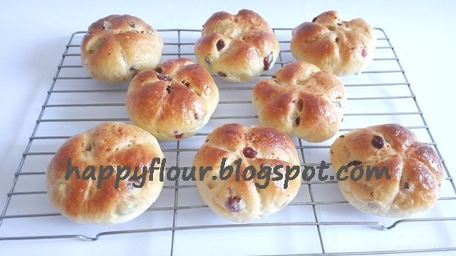 Orange Cranberry Flower Buns