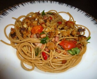 Whole Wheat Spaghetti with Roasted Tomatoes, Bacon and Thyme Breadcrumbs Recipe