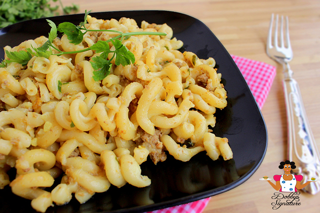 Cheesy macaroni with Parsley