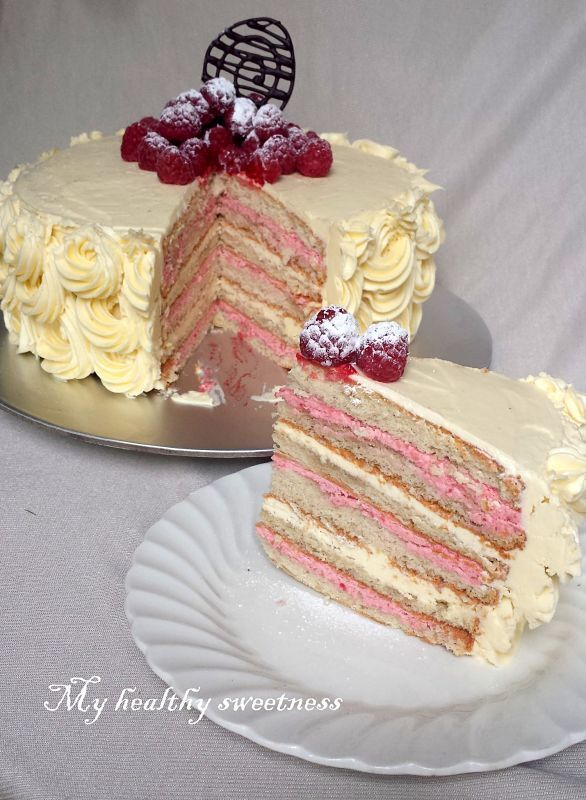 Layer cake « so romantic »- chocolat blanc /framboise sans gluten