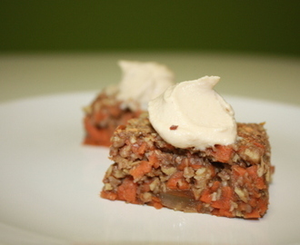 Raw Carrot Cake with Vanilla Cashew Icing