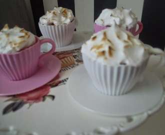 LEMON CURD CUPCAKES + MERENGUE ITALIANO