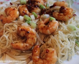Garlic Chilli Prawns with Sesame Noodles