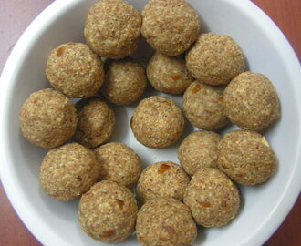 Oats-Dry fruits Laddoos