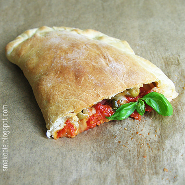 Calzone, no bo co to za weekend bez pizzy!