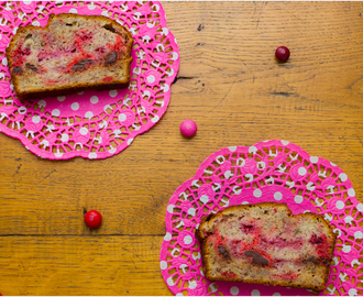 Raspberry & Dark Chocolate Raspberry M&M Banana Bread!