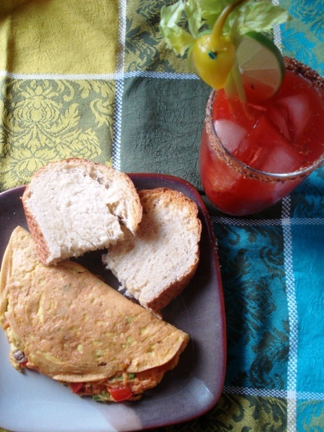 Vegan Sunday Brunch, Episode 5: Omelets and a Bloody Mary