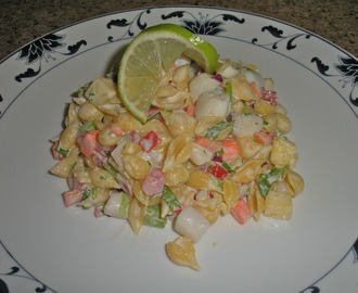 Quinoa Sea Shell Pasta Salad with Bay Scallops, Pineapple and Cilantro