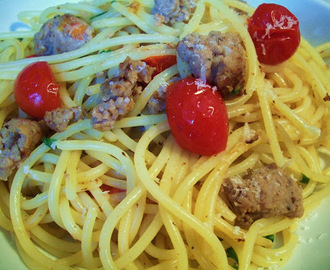 Linguine With Sausage, Chilli And Tomatoes