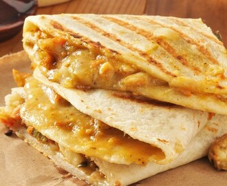 Copycat Taco Bell Chicken Quesadillas