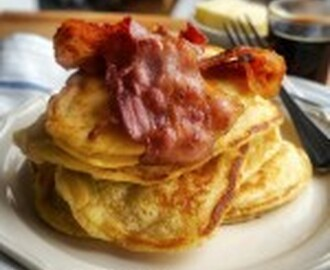 American Style Banana Pancakes with Bacon