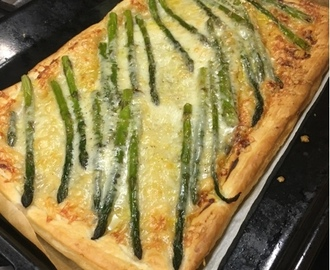 Asparagus and Gruyere tarte