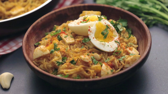 How To Make Egg Maggi Noodles
