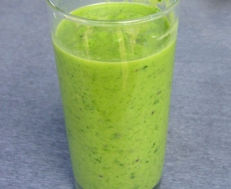 Groene smoothie: avocado - kiwi - spinazie