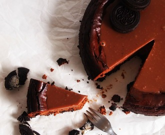 """melts in your mouth"" Chocolate Cheesecake"