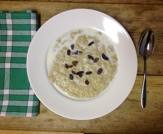 Breakfast ideas 1 - Best ever oat porridge recipe