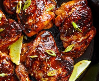 Bloglovin' Honey Garlic Sriracha Chicken Thighs