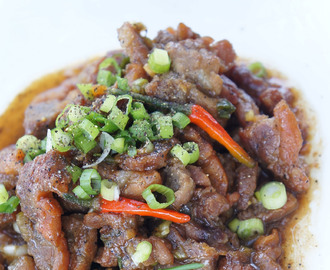 Black pepper pork or pork in clay pot (Thit kho tieu or thit kho to)