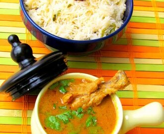 Naatu Kozhi Kuzhambu / Country style chicken curry