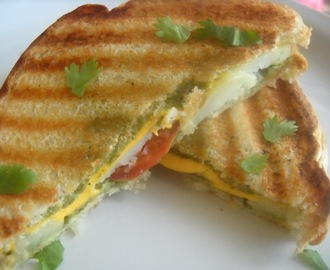 Grilled (Green Chutney) Sandwitch
