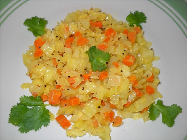 Cabbage Carrot Fry ( Poriyal)