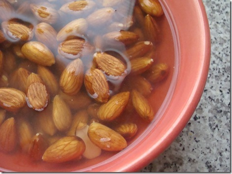 How to make your own almond milk at home