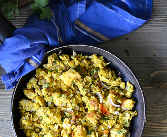 Bread Bhurji with Eggs /Egg Bread Bhurji /Scrambled Egg and Bread