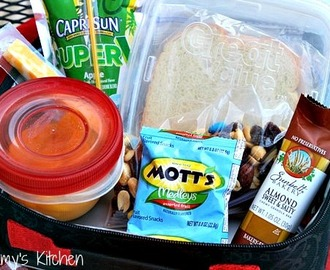 Peanut Butter & Jelly Bars + More Back to School Lunch Box Ideas