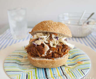 Slow Cooker Barbeque Chicken Sandwiches