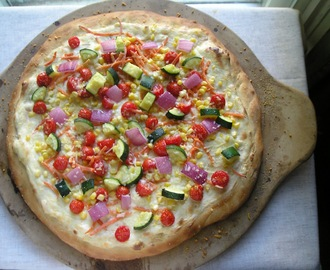 Secret Recipe Club: Rainbow Veggie Pizza