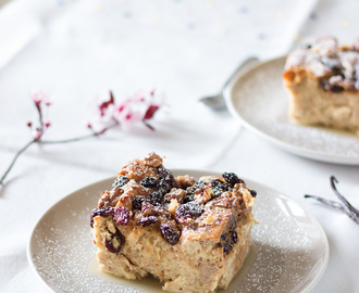 Pudding of wholemeal bread, walnuts and raisins | Budín de Pan integral, nueces y pasas