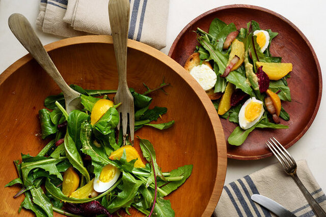 Dandelion Salad With Beets, Bacon and Goat Cheese Toasts