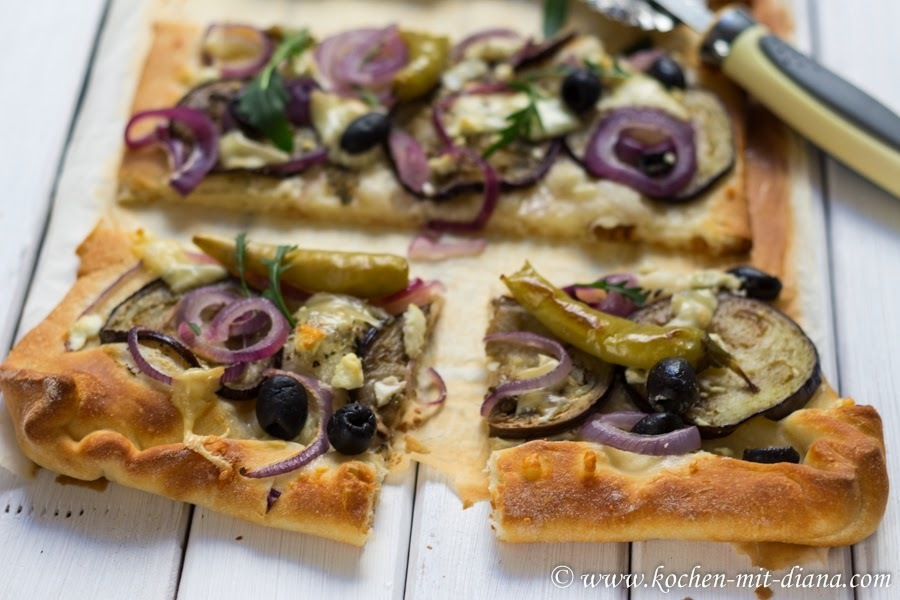 Blech-Pizza: vegetarisch/ Vegetarian Pizza