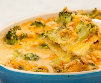 Cracker Barrel-Inspired Broccoli Cheddar Chicken Casserole