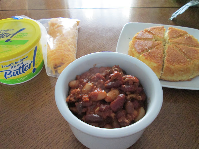 Three Bean Turkey Chili w/ Cornbread